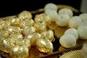 بيض مسلوق مغلف بأوراق الذهب