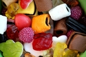 الفواكه المجففة أو الكاندي  القابلة للمضغ تحتوي على شمع السيارات