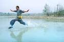 3-شي ليليانغ - عداء المياه: