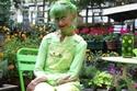 السيدة الكندية Elizabeth Eaton ذات ال 75 عاماًترتدي كل ما هو اخضر3