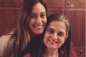 أمينة خليل مع والدتها