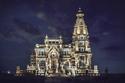 تنفيذه أغرب من الخيال: قصة قصر البارون الذي لا تغيب عنه الشمس