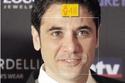 العمر الحقيقي لأحمد عز هو 44 عاماً.