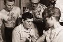 رون يرسم وشم- بريطانيا عام 1950