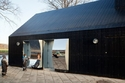 تعرفوا على تصميم منزل المرايا في كوبنهاغن.. شاهدوا الصور!