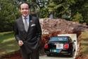 صور مليونير برازيلي يدفن سيارته الفاخرة تحت التراب..السبب سيصدمك!