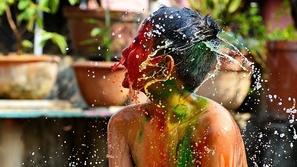 صور رائعة تظهر حيوية وجمال الألوان في تفاصيل الحياة بالهند