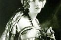 الممثلة الأمريكية للسينما الصامتة كلير وندسور، عام 1921