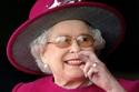 طلاء الأظافر البيج هو المفضل لدى الملكة إليزابيث