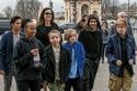 أنجلينا جولي لديها 6 أطفال 3 منهم أبنائها بالتبني