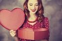 تقوم النساء بشراء معظم هدايا عيد الحب…حتى لأنفسهن !