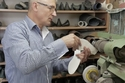 الحذاء معروف باسم الحذاء ذو الأنف الطويل