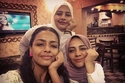 أسماء أبو اليزيد وشقيقتها منى