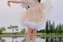 تحولت الطفلة لراقصة باليه في هذا الفستان