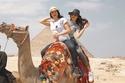 أمهات نجمات عرب أجمل من بناتهن رغم فارق السن: رقم 19 تبدو شقيقتها