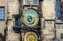 في مدينة براغ يتواجد أقدم ساعة فلكية في العالم