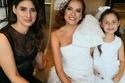 سيدا أطلت بفستان زفاف غريب