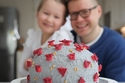 كيك الكورونا: أغرب أشكال الحلوي صنعها مواطنون بالحجر المنزلي
