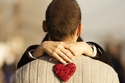 صور: كيف يتصرف مولود كل برج عند الوقوع في الحب؟