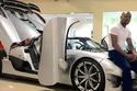 الملاكم  فلويد مايويذر - لديه 100 سيارة تقريب