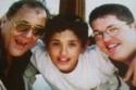 محمود عبد العزيز مع ابنيه