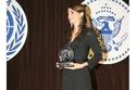 تسليم جائزة العمل الإنساني للملكة رانيا