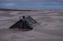 الرمال تبتلع قرية مأهولة بالسكان