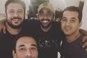 أحمد فلوكس مع أصدقائه