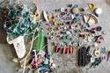 مجموعة من البلاستيك