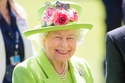 1- الملكة إليزابيث الثانية ملكة إنجلترا - 107  مليون دولار سنويًا