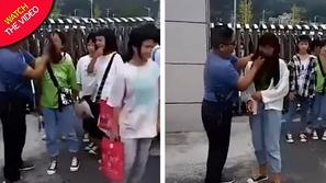 فيديو: تصرف غريب لمعلم يمسح وجوه الطالبات قبل الدخول إلى المدرسة!