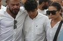 صبار مبارك مع ابنها عمار بعد أن أصبح مراهقاً