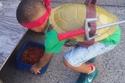 """طفل في الخامسة يرتدي أزياء """"الأبطال الخارقين"""" 2"""