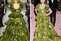 جوليان مور ترتدي فستان من تصميم فالنتينو