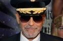جورج كلوني طيار