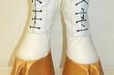 شاهد أغرب أشكال الموضة في أزياء الأحذية