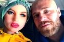 أعلن اعتزامه عن تحويل علاقته بالدمية السيلكون من ارتباط إلى زواج