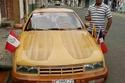 سيارة شيفروليه من الخشب أيضًا