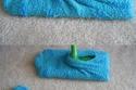 استخدام الجوارب كممسحة للأرضيات