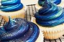 طباخون عباقرة صنعوا حلوى بطعم النجوم والمجرات.. اكتشفوا الجمال المبتكر لأعمالهم