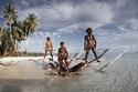 لا يستخدمون المال كثيراً: تعرفوا على سكان أسعد جزيرة في العالم