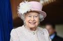 صور تقود السيارة بدون رخصة.. أشياء عادية لم تفعلها الملكة إليزابيث