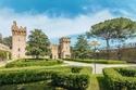 القلعة تمنحك عزلة كاملة عن العالم الخارجي