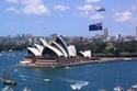 وأستراليا
