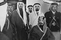 الملك عبد العزيز خلال رحلة تجريبية لقطار الرياض