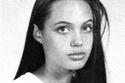 أنجلينا جولي أيام المراهقة