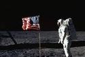 أرميسترونج هلى سطح القمر