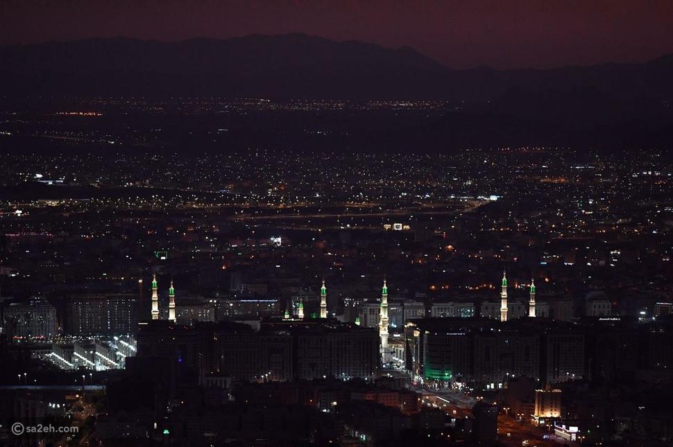 صورة المدينة المنورة من قمة جبل أحد: ظهرت كإنها لوحة فنية نادرة