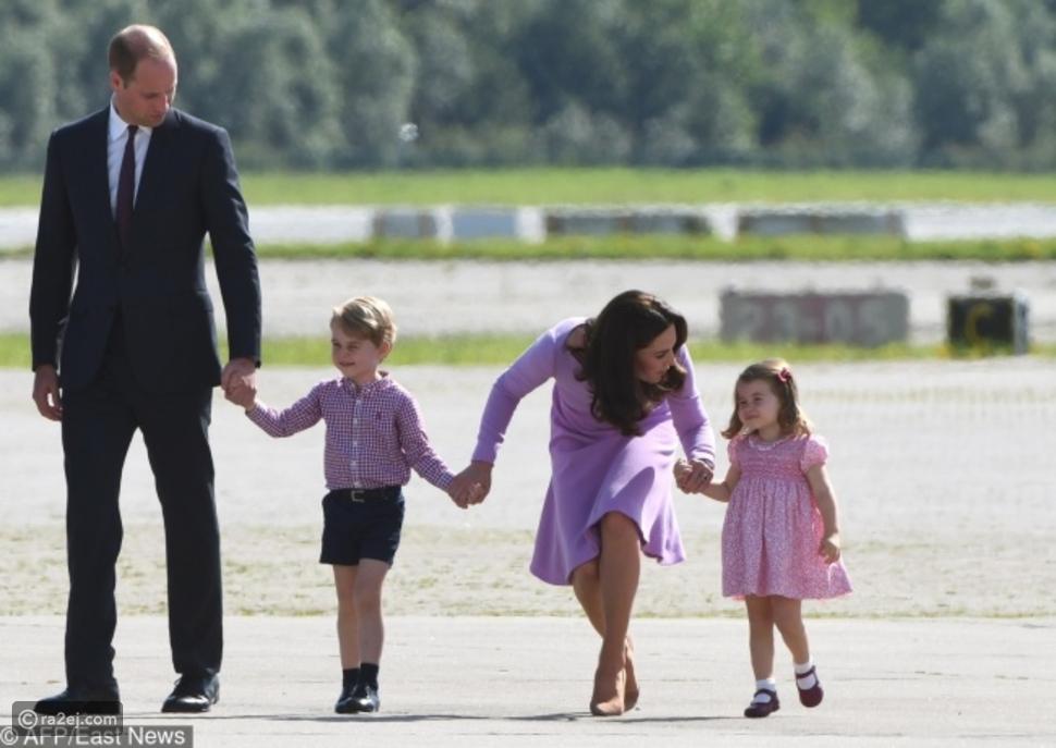 الأسرة هي الأولوية الأولى للحياة.