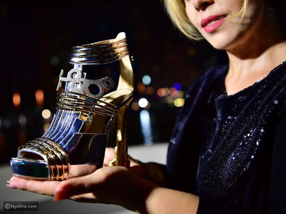 صور: قادم من الفضاء.. حذاء مصنوع من الذهب والألماس في دبي بسعر خيالي